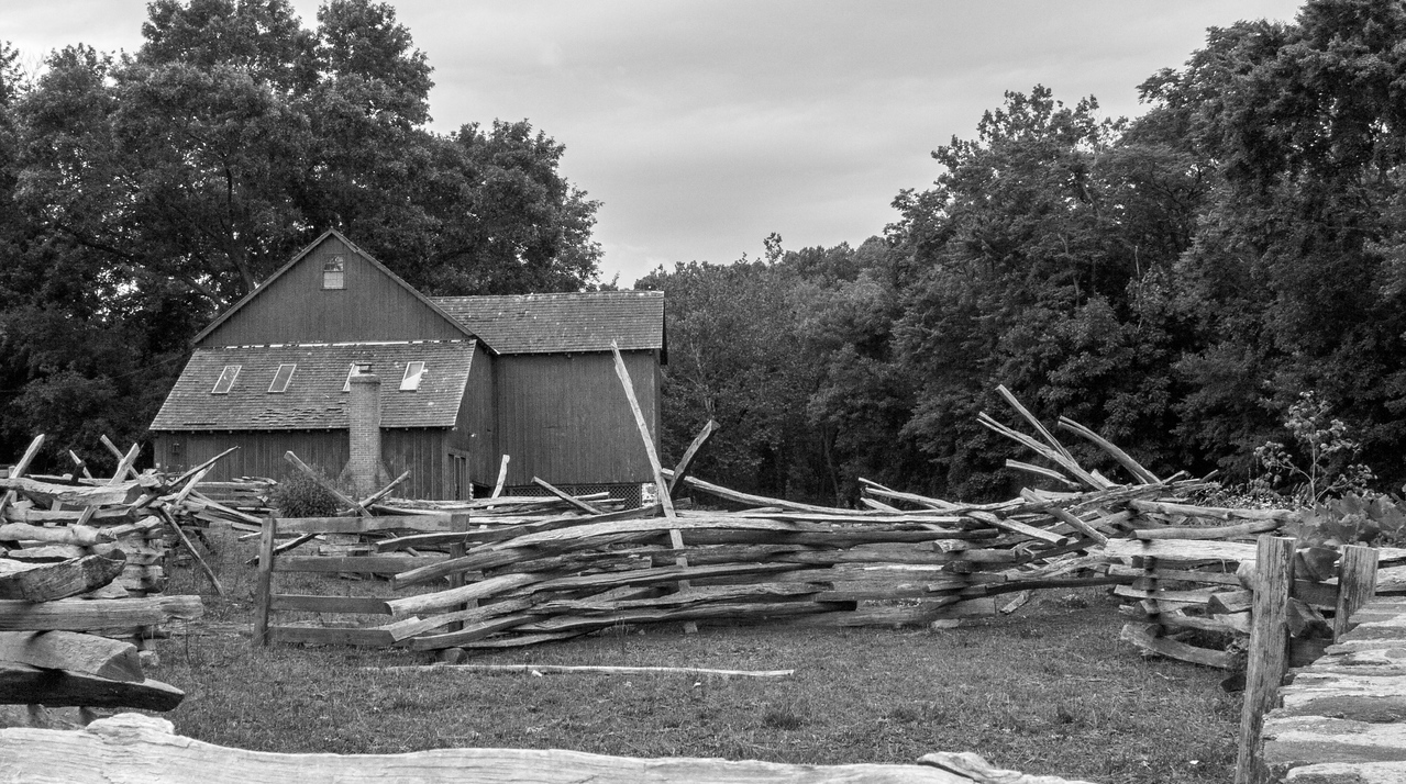 Barn and Rails, Greenbank Mill, DE, 2007